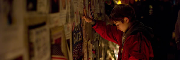 extremely-loud-and-incredibly-close-movie-image-thomas-horn-slice-01